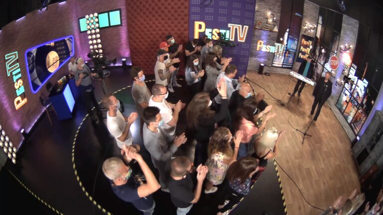 Nyerges Attila a Nélküleddel avatta fel a PestiTV stúdióját!