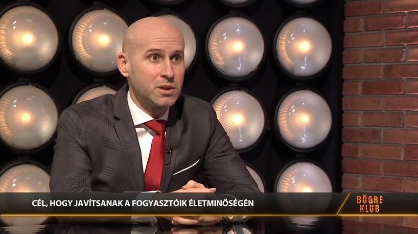 Hétezer kórházi dolgozót ajándékozott meg a Hungast cégcsoport - Enyedi Csaba a Bögre Klubban
