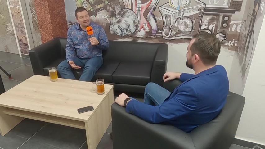 Miért érdemes velünk tartani jövőre is? - A Pesti TV médiatörténete a Plebejus Polbeatben
