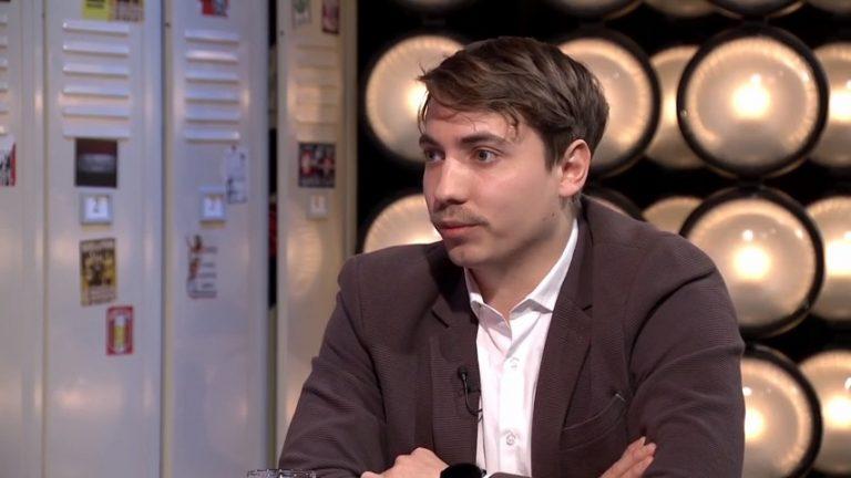 Újpesten is látványpolitizál a szivárványkoalíció - Renge Zsolt a Libernyákokban