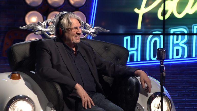 Már a zenészeket is kommunista típusú önkritikára kényszerítik - Politikai Hobbista Hargitay Andrással