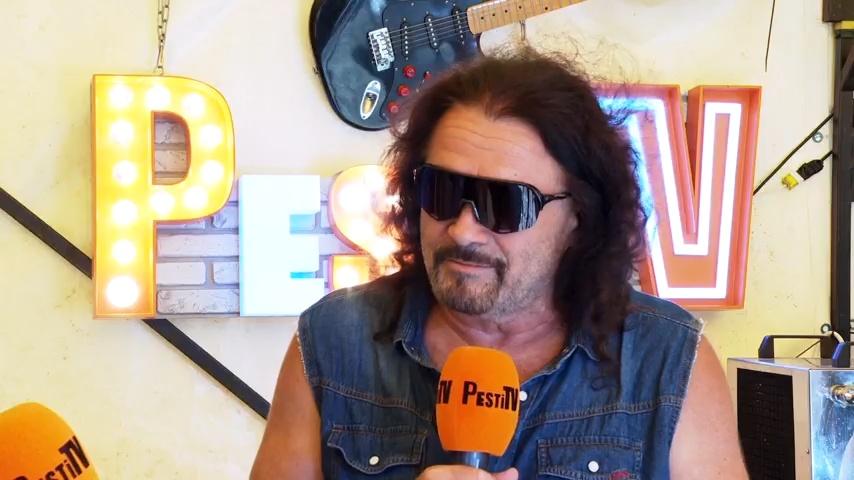 A rockerlegenda, akinek a hangját aligha kell bemutatni - Kalapács József portré