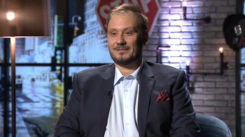 A médiakutató, aki a világháló metaforáit fürkészi - Szűts Zoltán portré
